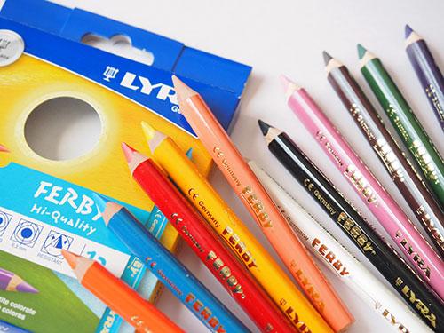 LYRA 色鉛筆