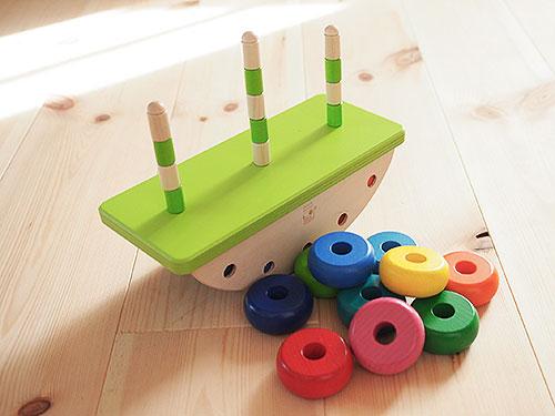 知育玩具 ドイツ